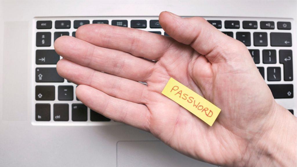 Password Checkup é um aplicativo para o Google Chrome que usa combinação de criptografia e anomização de dados para checar segurança de usuários